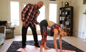 Yoga With Daddy - S2:E5